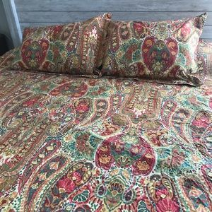 Queen size Duvet and Sham Set by Pottery Barn